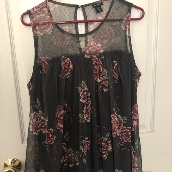 76c49be586bf9 Grey floral lace sleeveless top. M 5cacb9561153ba51b1c0c4d8